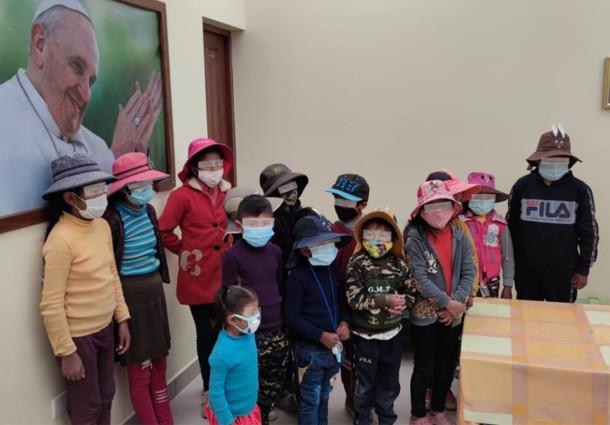 Durante el primer semestre, Serecí Oruro beneficia a grupos vulnerables con entrega de certificados de nacimiento