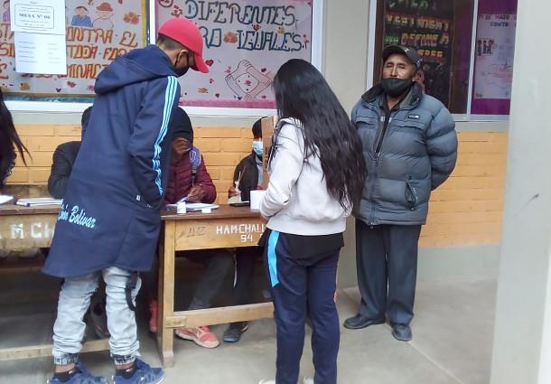 Oruro: más de cinco mil estudiantes participan en la Elección de Gobiernos Estudiantiles