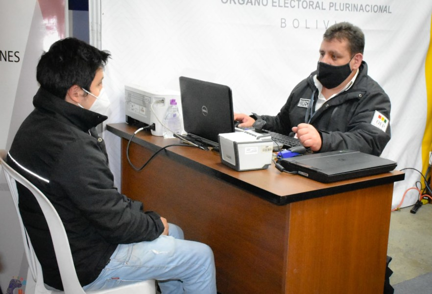 Visitantes de la Feria Internacional del Libro podrán tramitar certificados de nacimiento, matrimonio y defunción en el stand del OEP