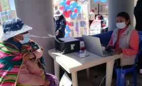 Pobladores de Sabaya, Oruro, reciben cultura registral,  se benefician con certificados de nacimiento gratuitos y otros servicios