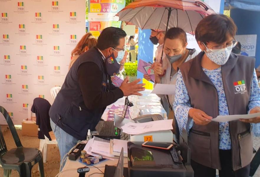 Brigadas del Serecí Cochabamba harán saneamientos y registros de nacimiento en ferias de Tiquipaya y Cercado