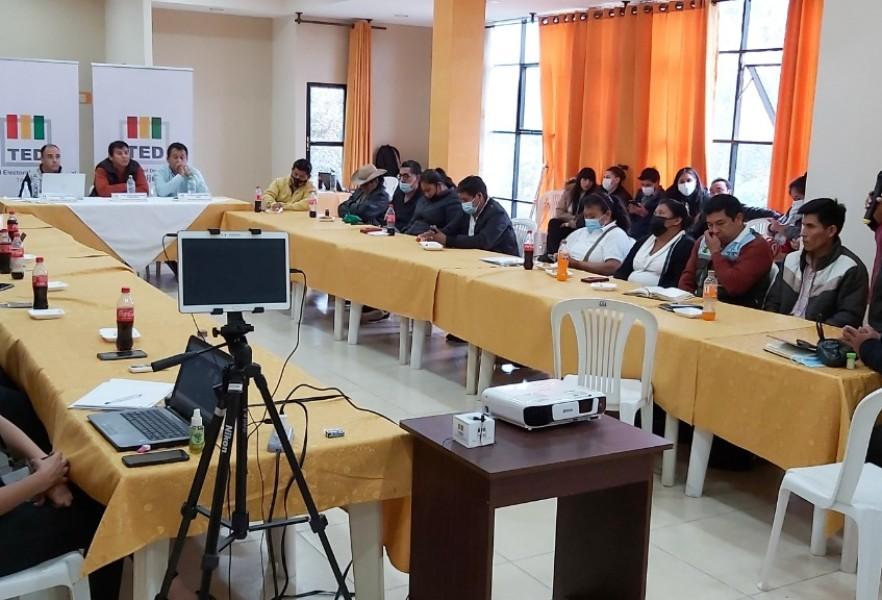 El TED Tarija dialoga con pueblos indígenas para el fortalecimiento de la democracia comunitaria